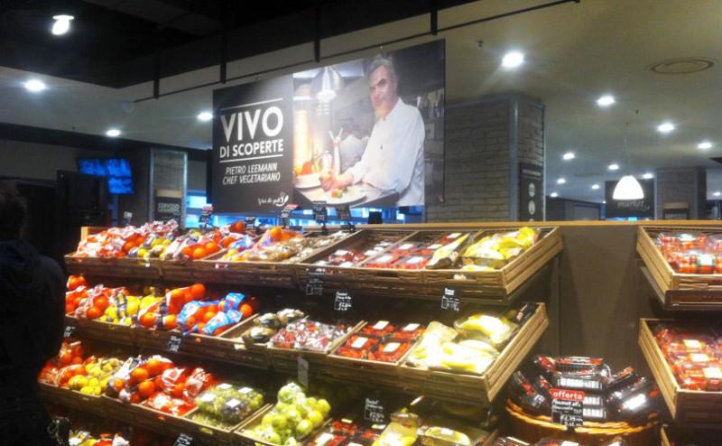 Frutta e verdura arredamenti per negozi ortofrutta for Arredamento ortofrutta in legno