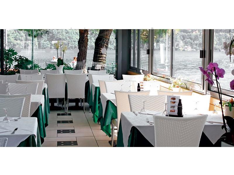 Tavoli Da Esterno Per Pub : Salotti per esterno dehor bar e alberghi