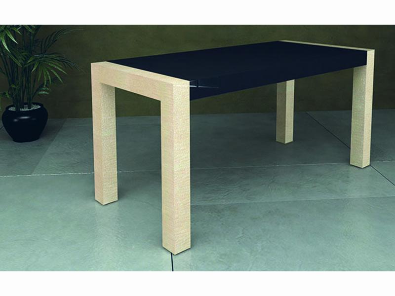 Tendenza 4 arredo elegante per negozi boutique al ticino for Tavolino con vetrina